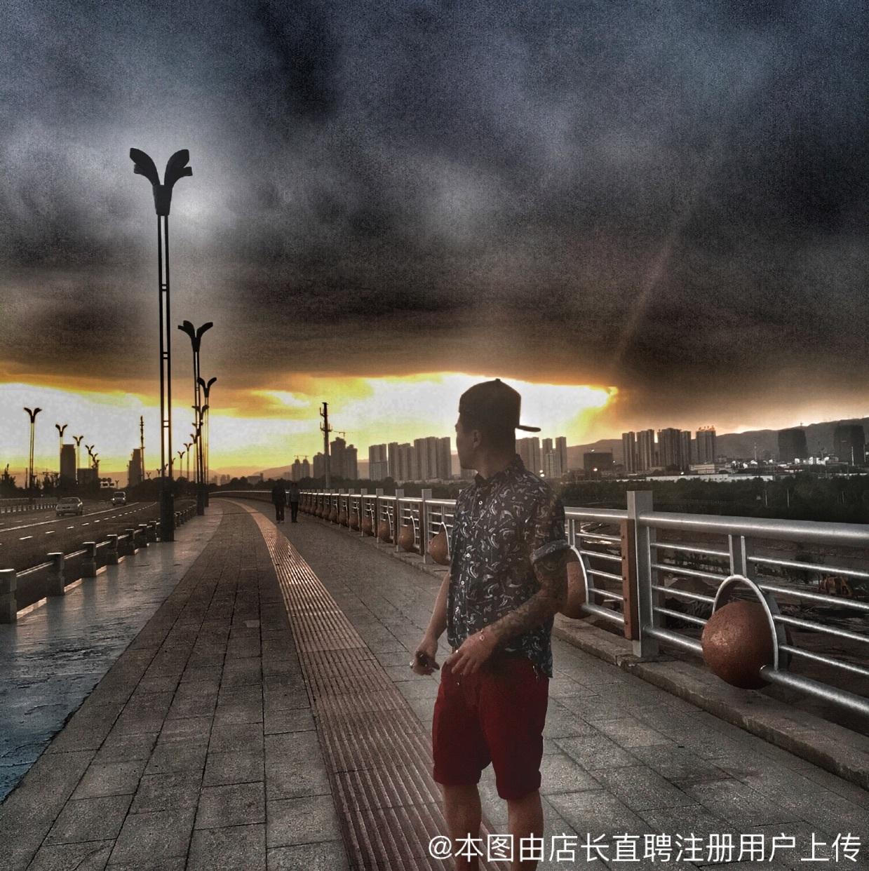 西宁城西区喜阳阳爱婴摄影店