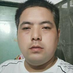 圆通速递北京翠微公司快递员工作环境