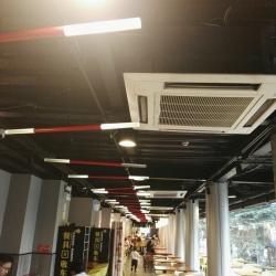 广州七十二街餐饮连锁工作环境