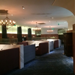 戈雅法餐厅工作环境