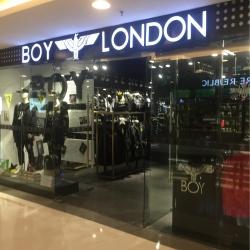 Boy LonDon导购工作环境