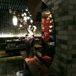 湊湊餐饮管理有限公司上海愚园路店工作环境