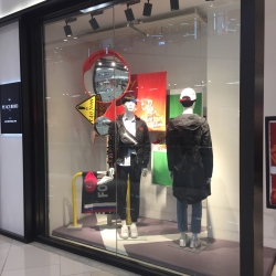 北京太平鸟服饰有限公司第二分公司导购工作环境