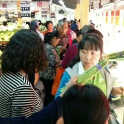 北京市海淀区花园北路甲12号佳果多水果超市促销员工作环境