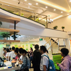 六谷荟餐饮店工作环境
