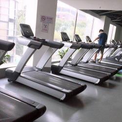 唤潮健身工作环境