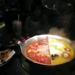 上海后甜劳务派遣有限公司火锅店服务员工作环境