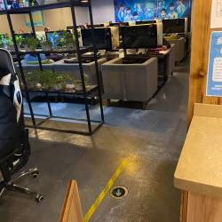 网鱼网咖工作环境