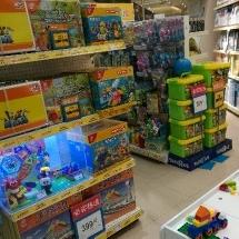 玩具反斗城导购员工作环境